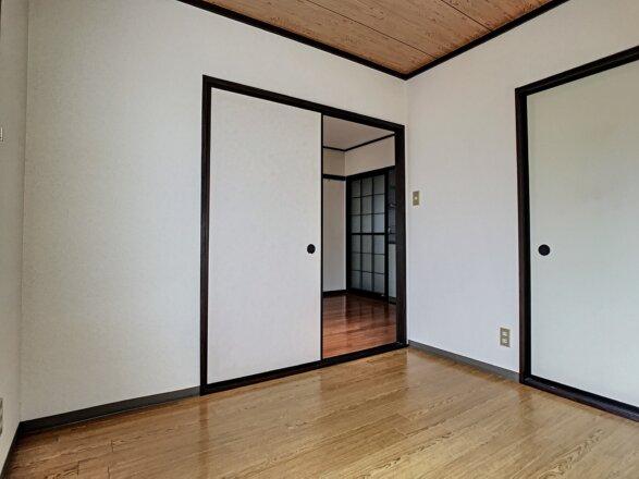 洋室です。約4.1帖ございます。